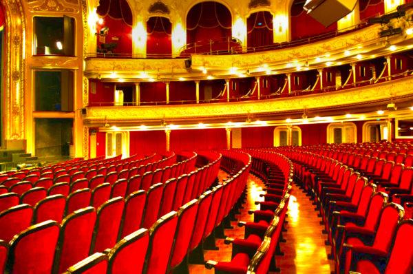 kép:budapesti operett színház nézőtere